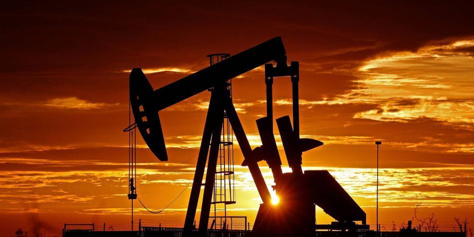 Petróleo comienza subiendo hasta el nivel que le sirve a Ecopetrol