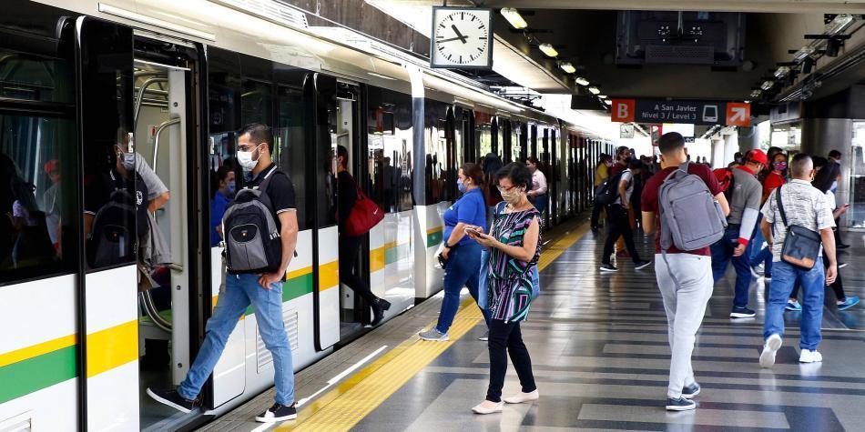 Cultura Metro: ¿Por qué las personas saben cómo comportarse en él?
