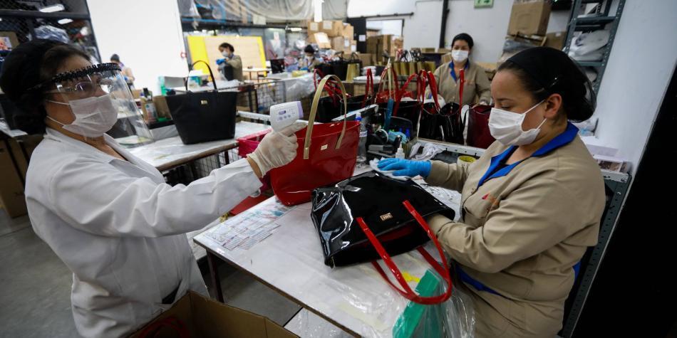 Retos del empleo, al tablero en foro de Corficolombiana