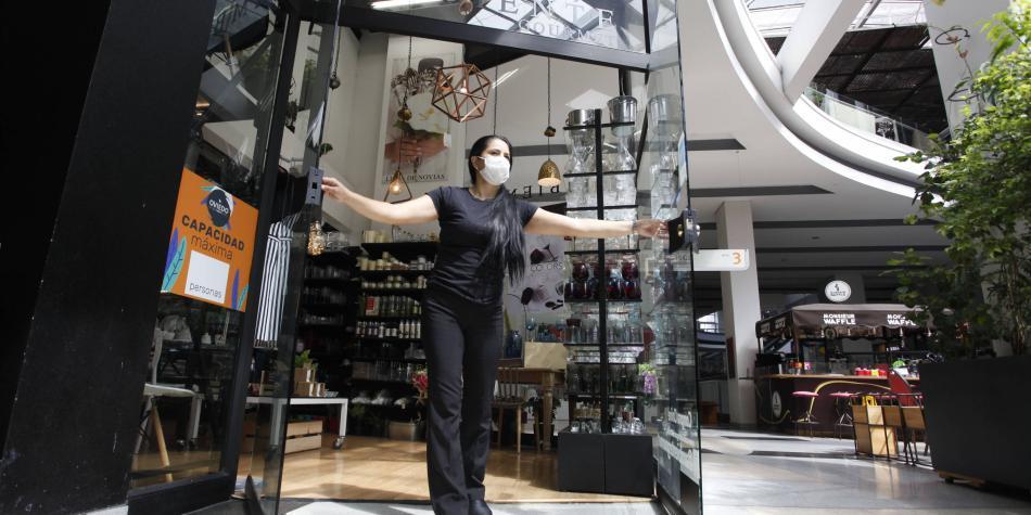 Con grandes expectativas abrieron tres centros comerciales en Medellín