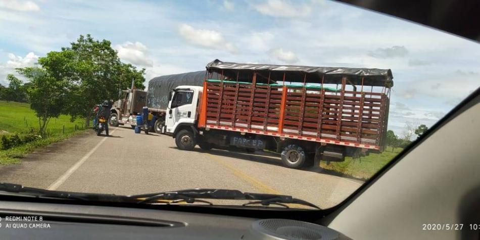 Grupos armados ilegales habrían bloqueado vías nacionales en Arauca