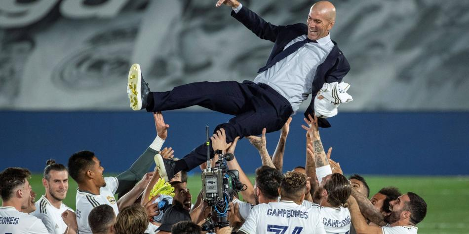 La imagen de James y Bale en el festejo del Madrid que se hace viral