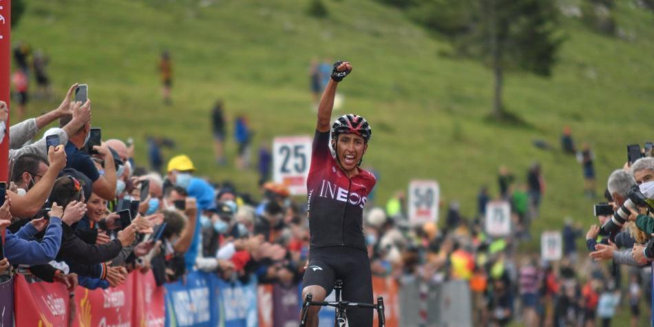 ¡Impresionante! Egan ganó la etapa y es líder en la Ruta de Occitania