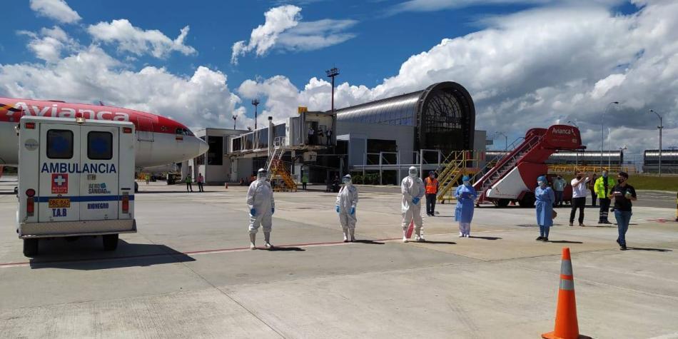 Alcalde de Medellín autorizó la reapertura de los aeropuertos