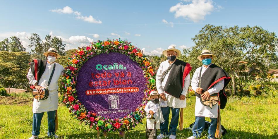 Medellín anuncia ayudas al turismo y flores para el sector salud