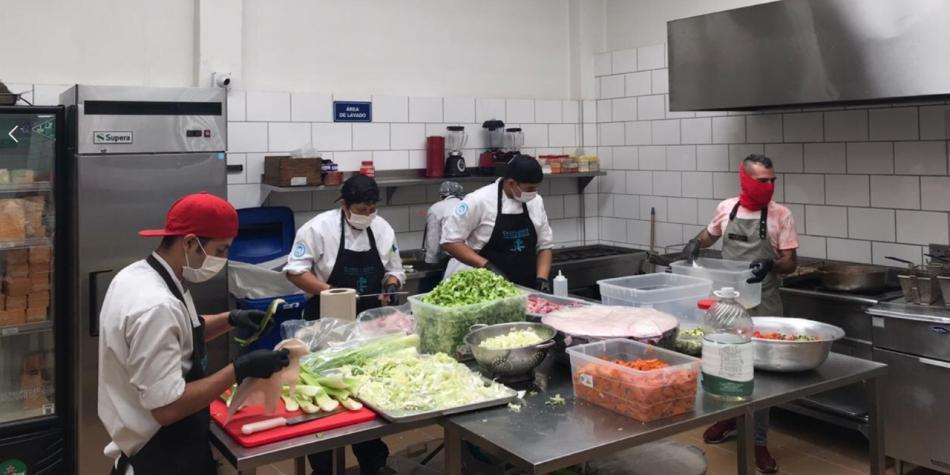 La iniciativa que busca dar un plato de comida a los más vulnerables