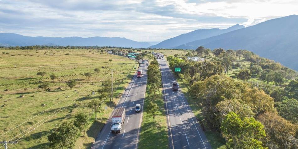 Tras 2 años de limbo, destraban proyecto tercer carril Bogotá-Girardot