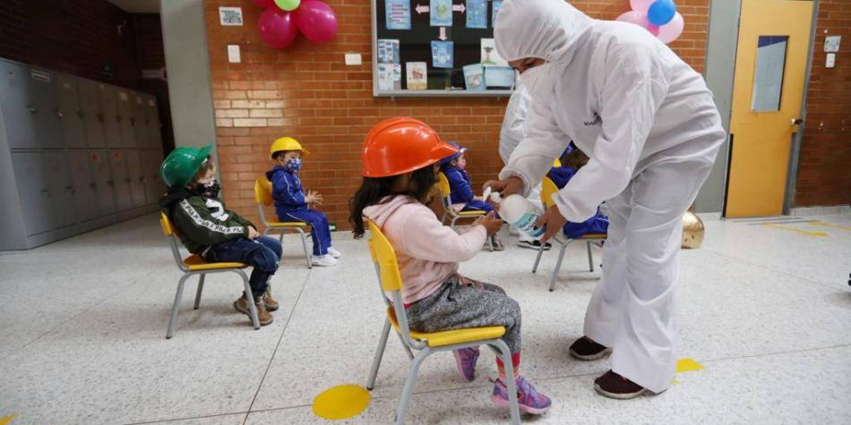 OIE dice que 'la escuela es un lugar seguro' en contexto de pandemia