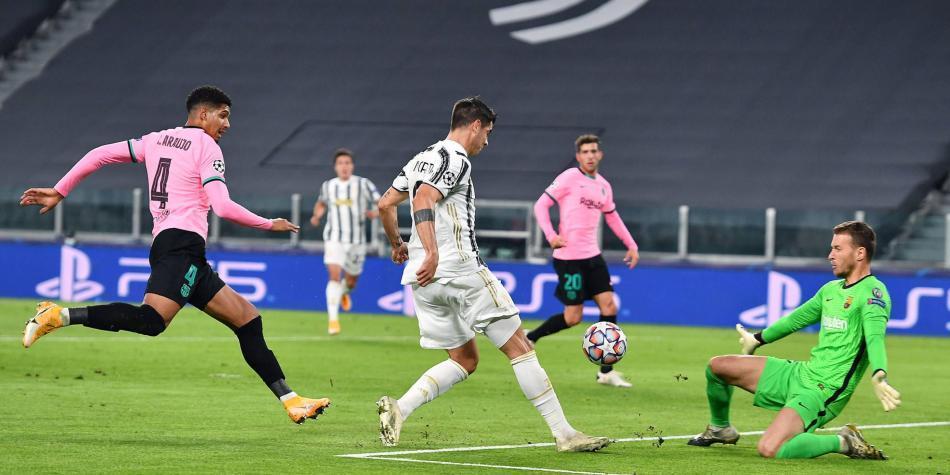 Insólito: Morata le hace tres goles al Barça y los tres se los anulan
