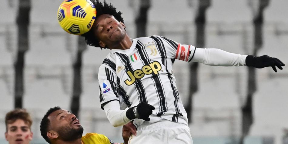 Con Cuadrado de capitán y doblete de Cristiano, Juventus sumó 3 puntos