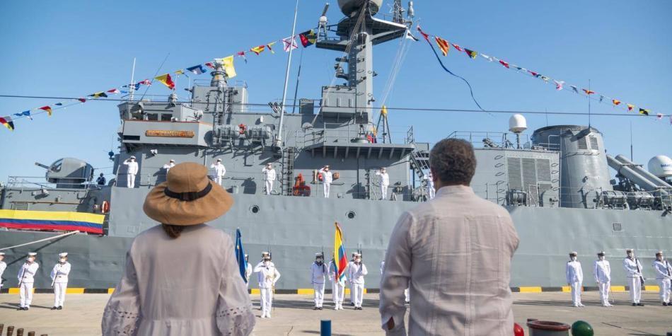Así es la poderosa nave ARC que Corea del Sur le transfirió a Colombia