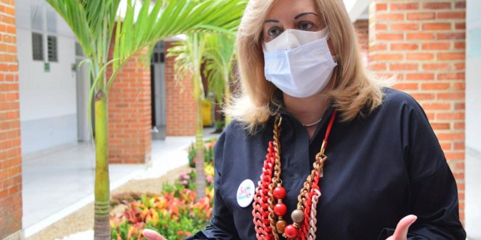 Gobernadora del Valle del Cauca dio positivo para covid-19