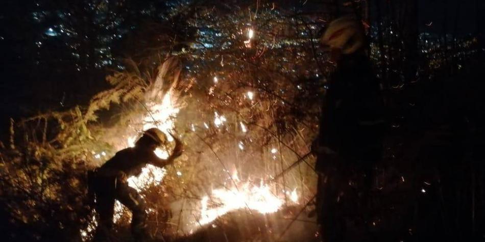Incendio forestal se registra en ladera suroriental de Medellín