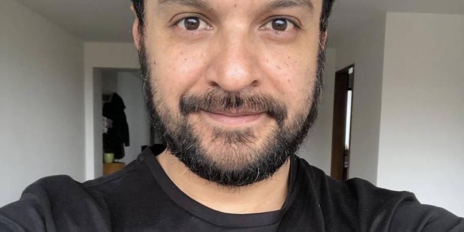 Julián Román dice que perdió contrato tras ser tachado de 'subversivo'