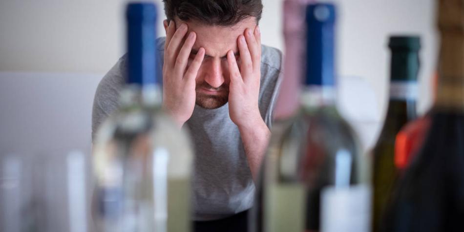 Comediante de Sábados Felices sale de rehabilitación por alcoholismo
