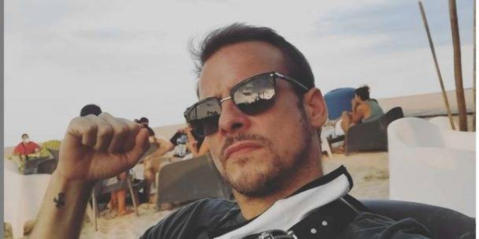 Murió famoso cantante español Alex Casademunt en accidente de tránsito