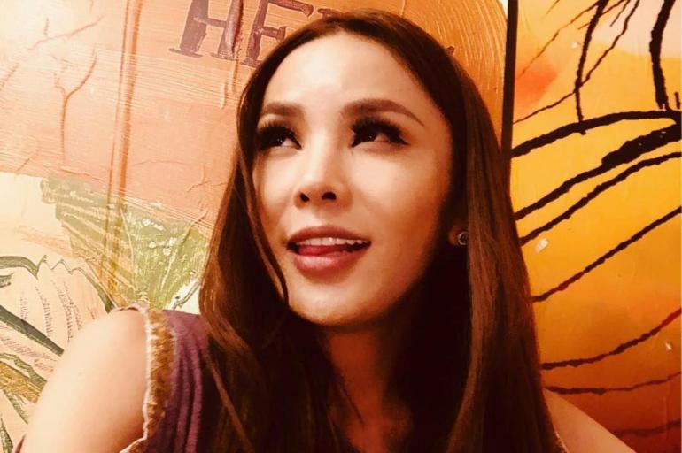 Resultado de imagen para Fotos de reina transgénero de Mongolia que sueña con Miss Universo