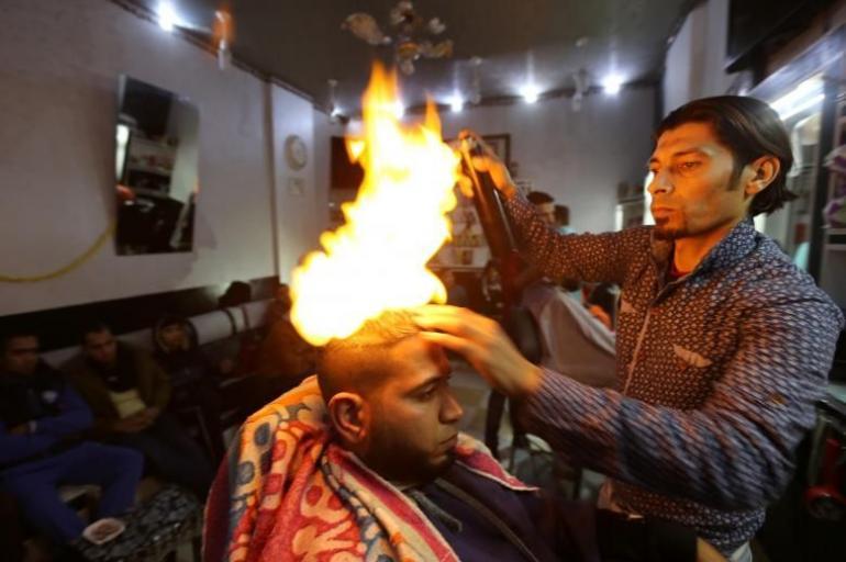 Resultado de imagen para corte de cabello con hachas