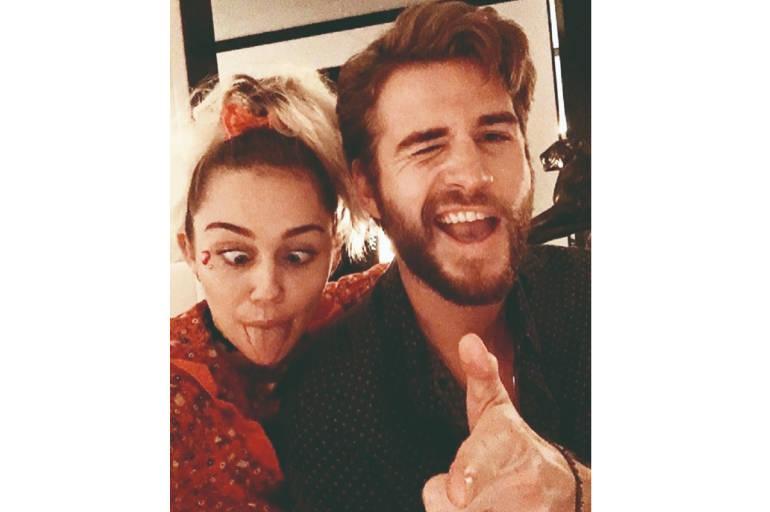 Cyrus y Hermsworth