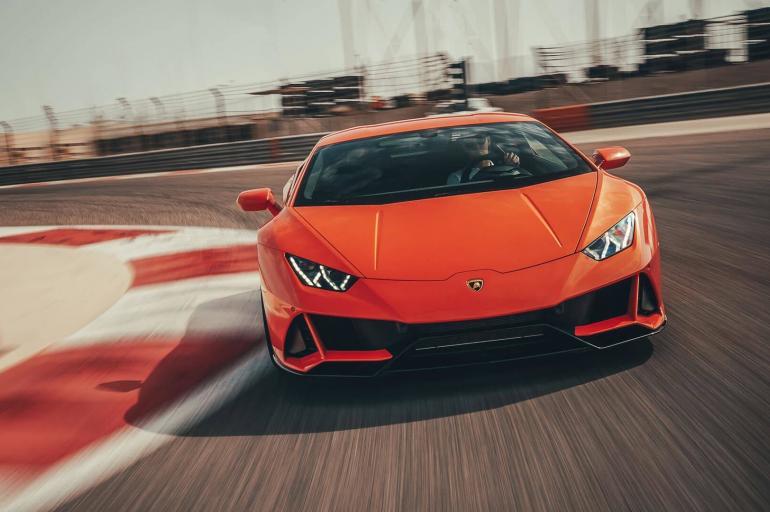 Los lujosos autos que colecciona el futbolista Alexis Sánchez