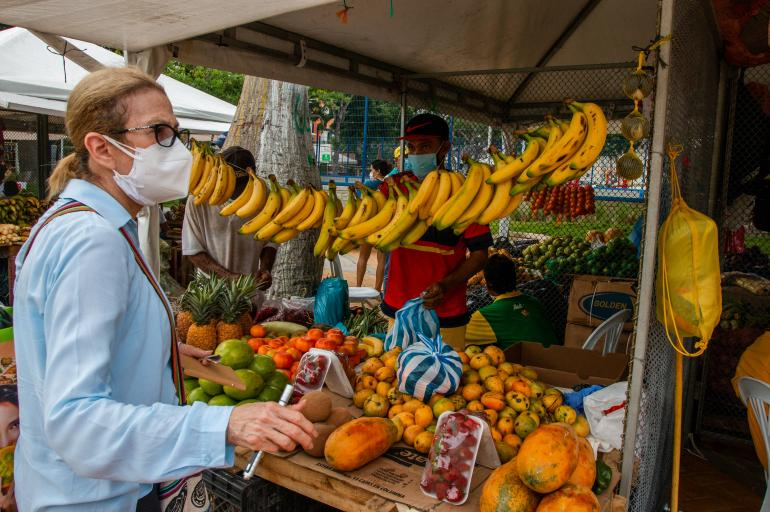 Las plazas de mercado se mudan a los parques de Barranquilla - Barranquilla  - Colombia - ELTIEMPO.COM
