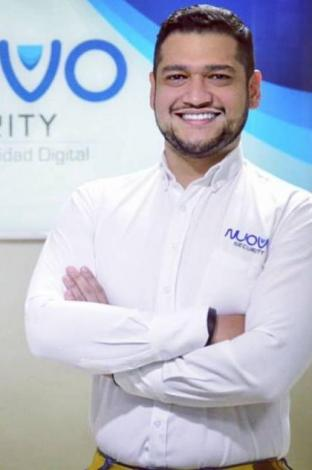Efraín González