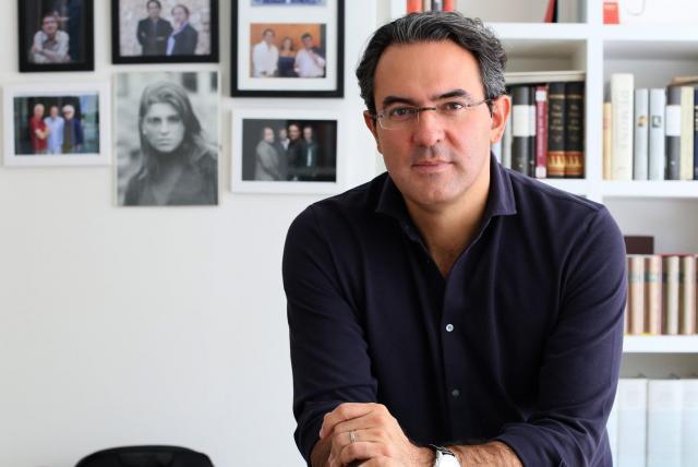 Juan Gabriel Vásquez habla sobre su nuevo libro de cuentos - Música y  Libros - Cultura - ELTIEMPO.COM