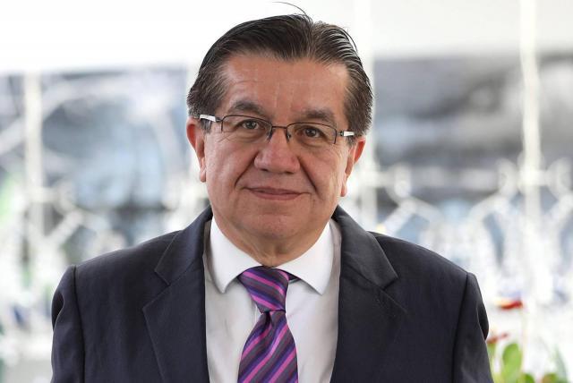 Entrevista con Fernando Ruiz Gómez, ministro de Salud - Salud - ELTIEMPO.COM