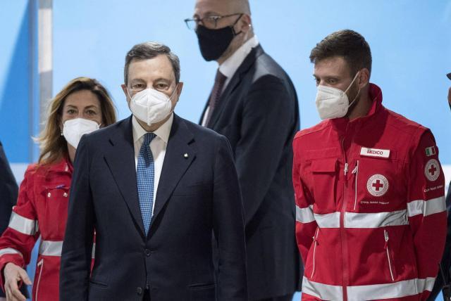 En Italia, uso de tapabocas al aire libre ya no será obligatorio - Europa -  Internacional - ELTIEMPO.COM