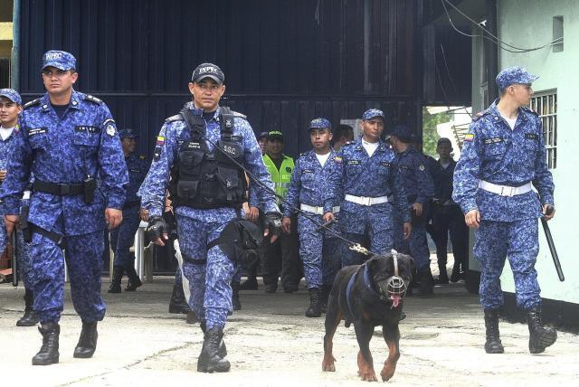 Buscan regular permisos sindicales de guardias del Inpec ...