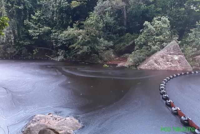 Avanza recuperación en Tibú por derrame de petróleo tras atentado del Eln