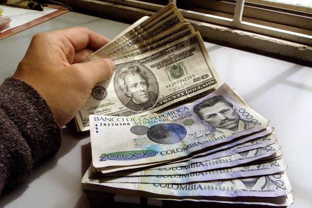 Dólar Hoy La Divisa Se Cotiza 34 Pesos