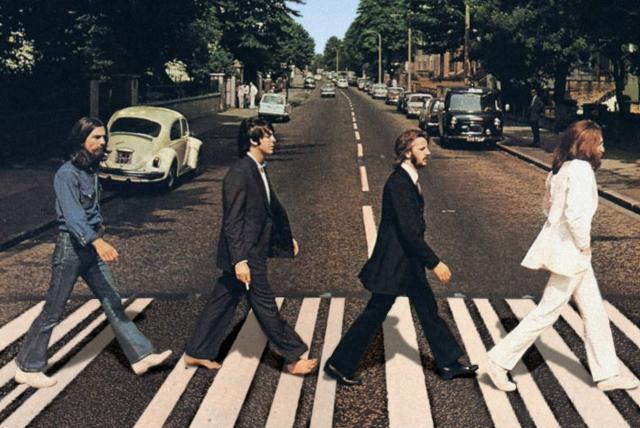 Muere Robert Freeman, fotógrafo emblemático de los Beatles - Gente ...