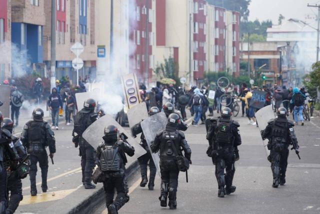 Solo en cuatro ocasiones intervino el Esmad en marchas en Bogotá - Bogotá -  ELTIEMPO.COM