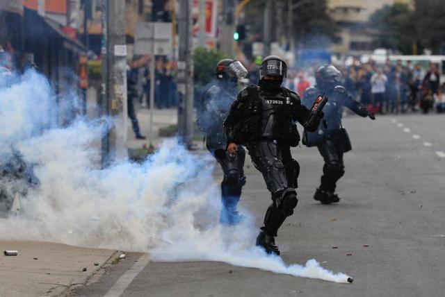 Reforma a la Policía: Proyecto prohíbe el uso de gases lacrimógenos -  Congreso - Política - ELTIEMPO.COM