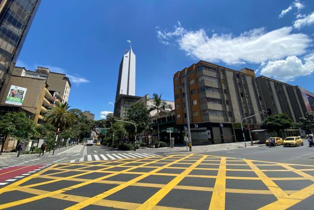 Coronavirus En Medellin Medellin Tendra Toque De Queda Este Fin De Semana Medellin Colombia Eltiempo Com