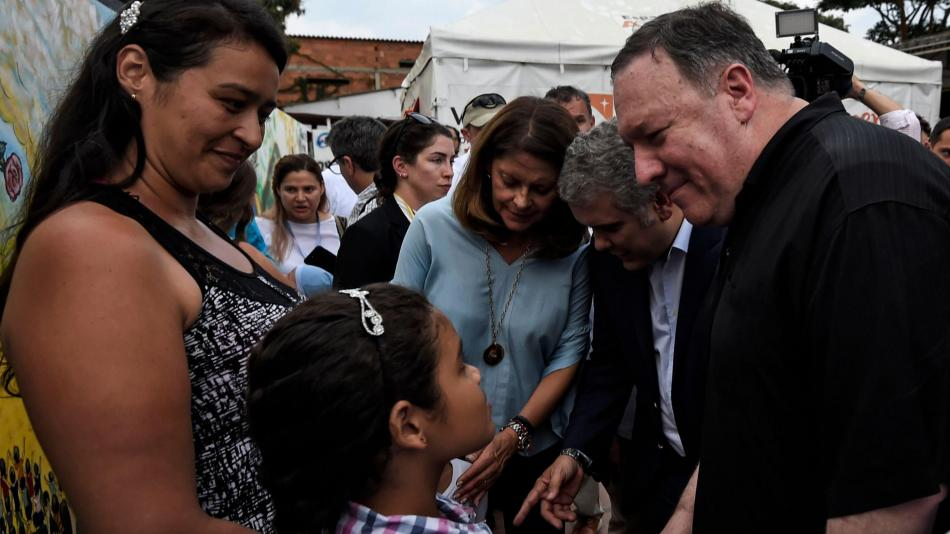 Resultado de imagem para ¿Está funcionando la estrategia contra Maduro? Mike Pompeo responde