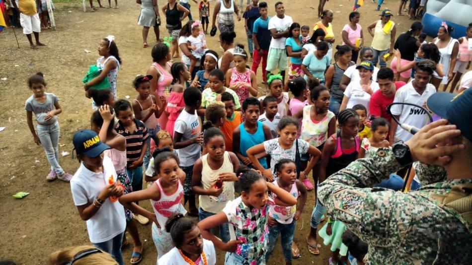 La misión de la Armada que llevó médicos a una comunidad del Chocó