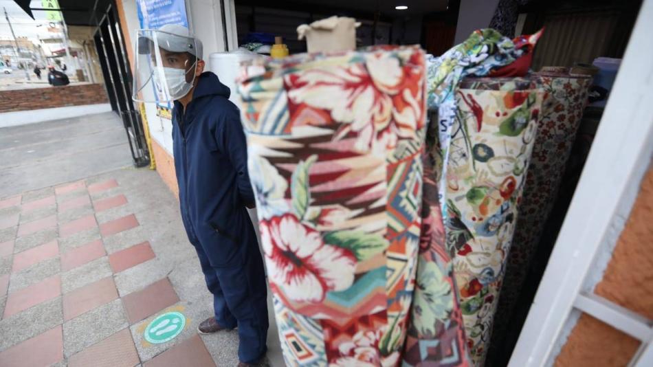 Economía colombiana se desplomó 15,7 % por cuenta de la pandemia - El Tiempo