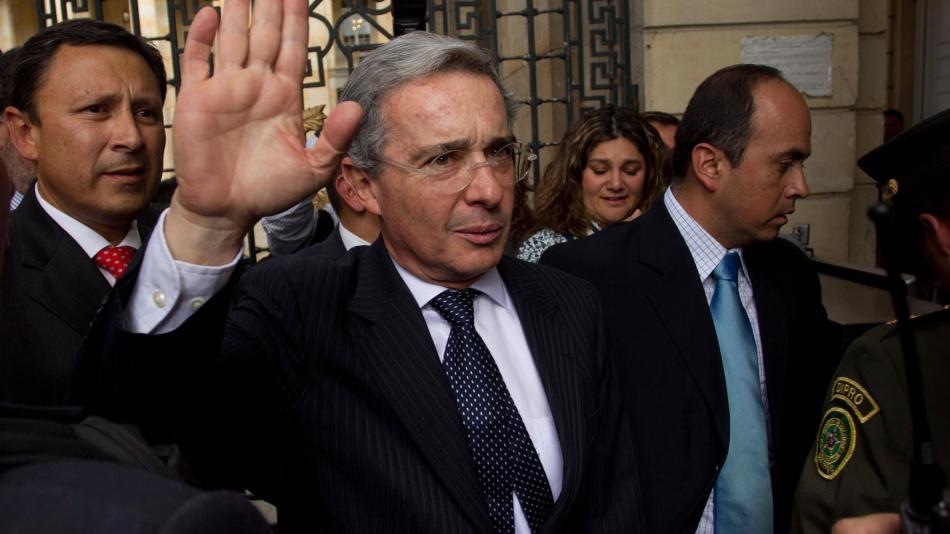 Álvaro Uribe Vélez: juez define si continúa privado de la libertad -  Investigación - Justicia - ELTIEMPO.COM