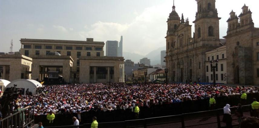 Los jóvenes llenaron la Plaza de Bolívar