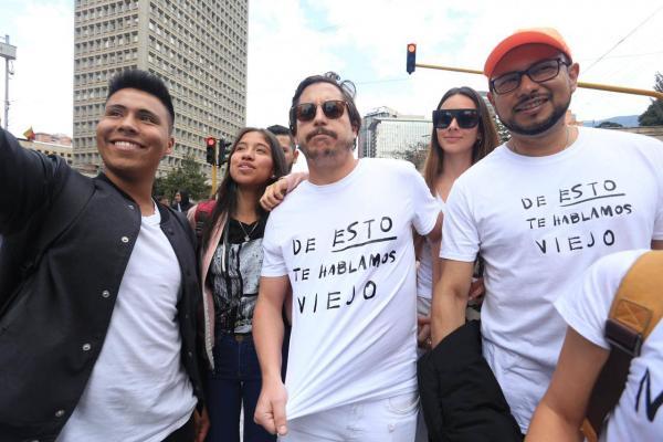 Alejandro Riaño en la marcha