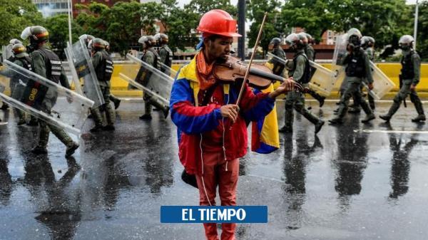 Violinista de protestas en Venezuela habría sido quemado