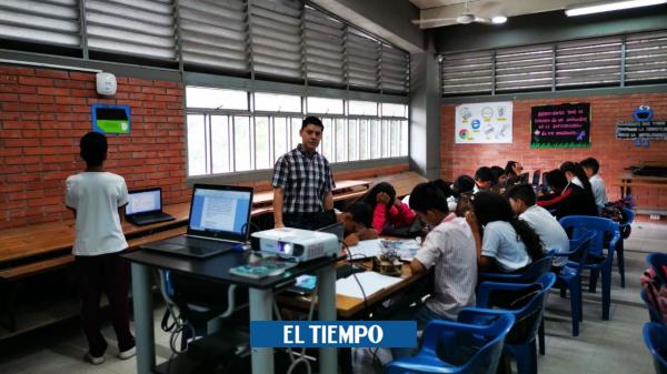 ¿Por qué se celebra el día del maestro este 15 de mayo en Colombia?