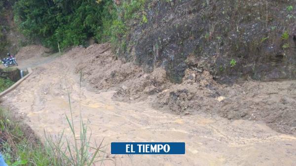 Habitantes piden atender derrumbe en vereda de Palmitas, en Medellín - El Tiempo