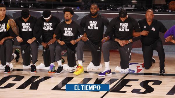Volvió la NBA y sus estrellas hincan la rodilla contra el racismo