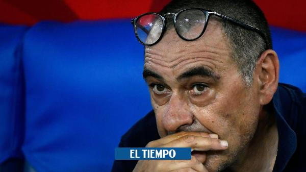 Juventus destituye al técnico Sarri