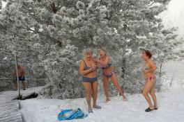 Heladas en Rusia Cryophile winter swimers