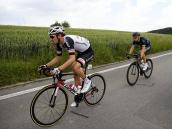 Llega la montaña a la Vuelta a Suiza, con Matthews como líder