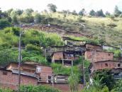 Adolescente murió por una bala pérdida en Medellín